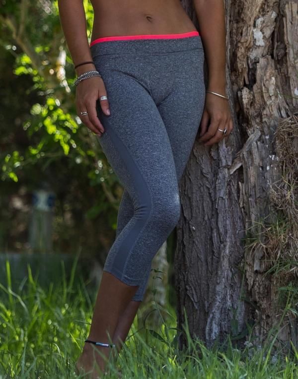 Damskie spodnie Capri Fitness